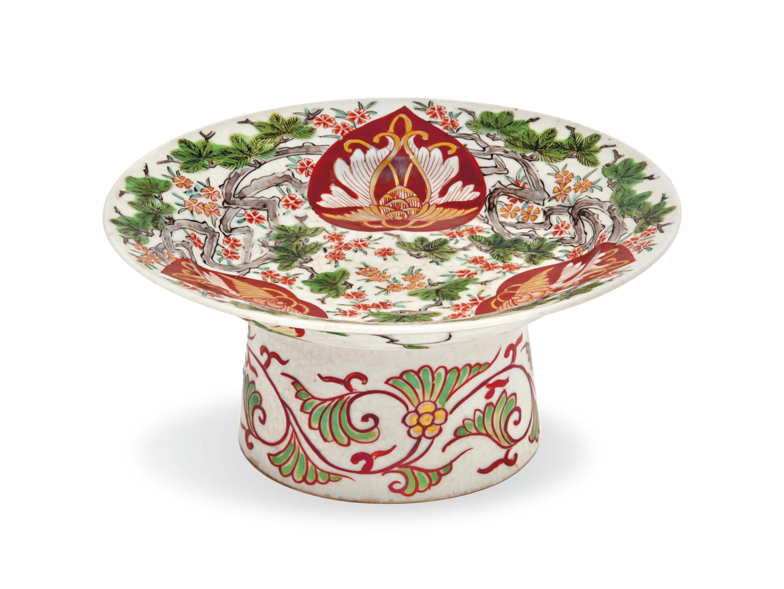 A Japanese Imari Footed Dishes