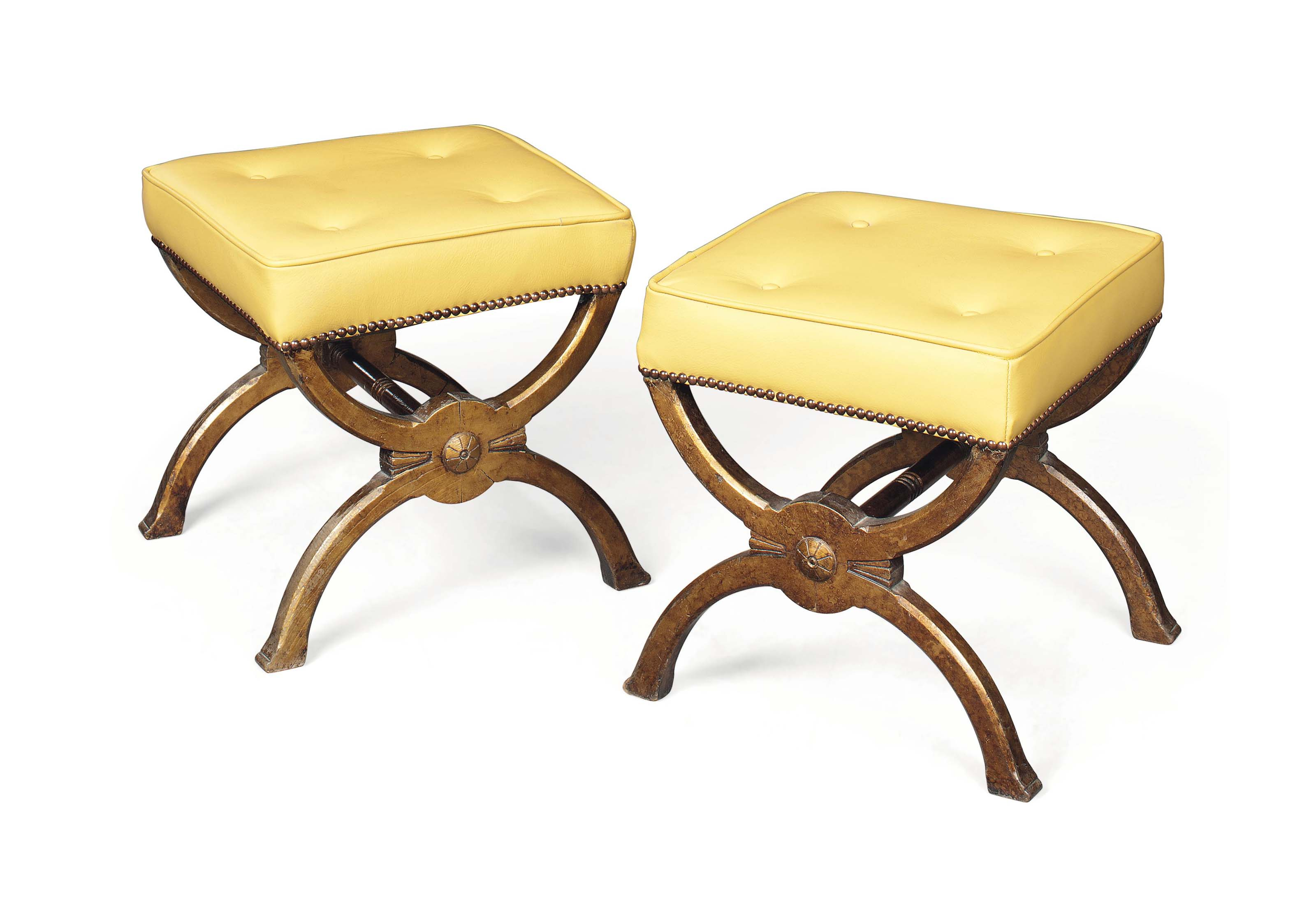 A PAIR OF VICTORIAN GOLD-DECOR