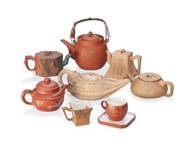 SIX CHINESE YIXING TEAPOTS, ON