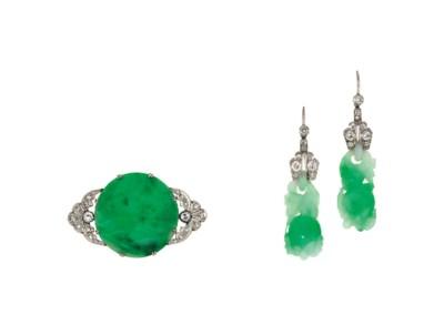 A jadeite jade and diamond bro