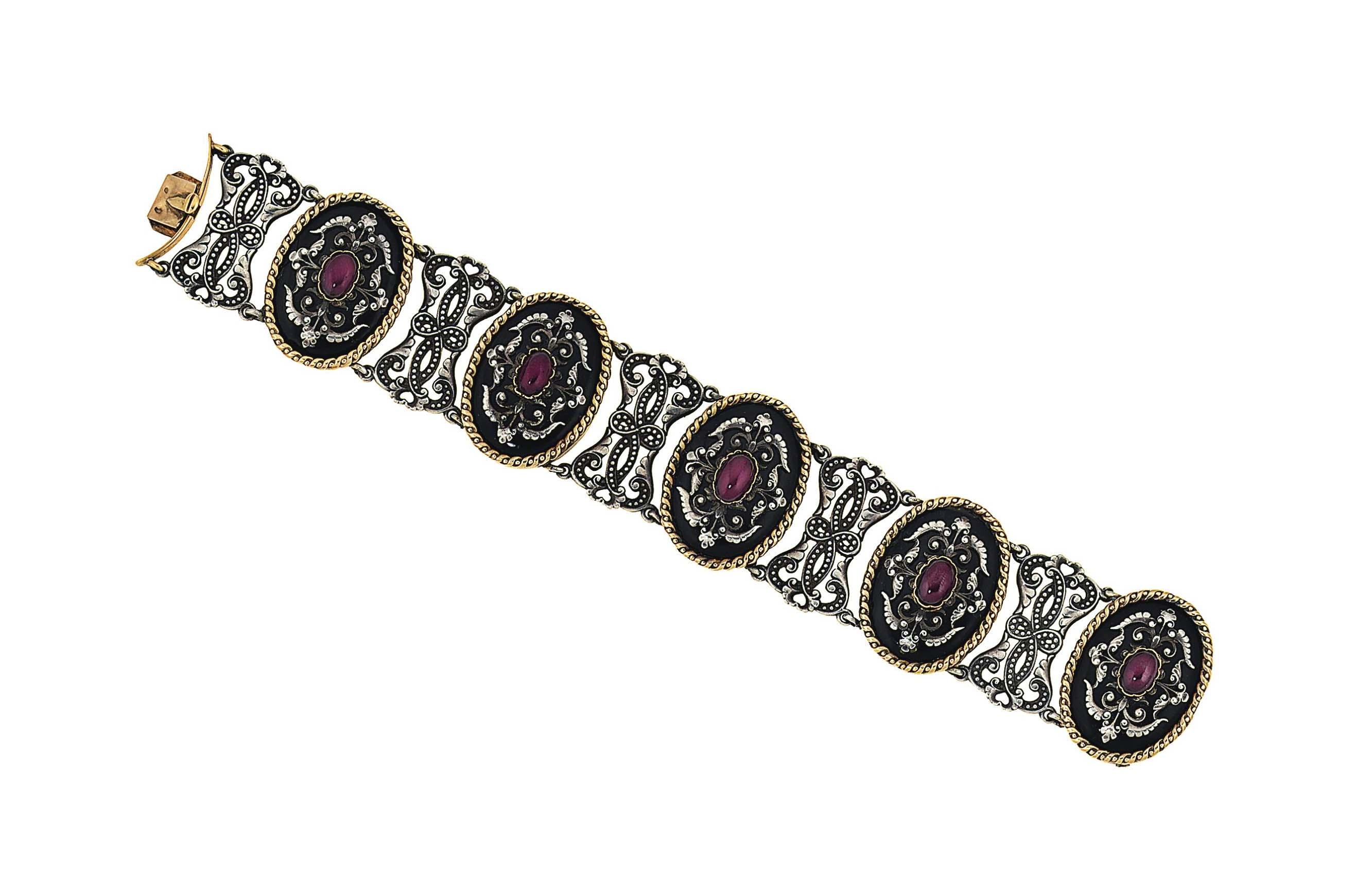 A garnet bracelet, by Wiese