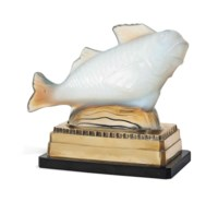 A SABINO OPALESCENT GLASS 'FISH' TABLE LAMP