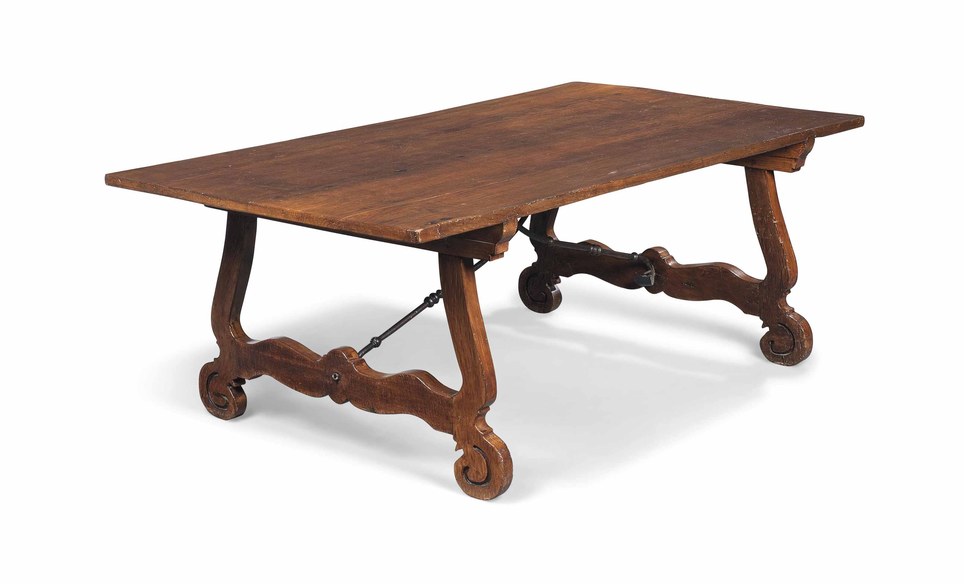 A LARGE SPANISH CHESTNUT TABLE