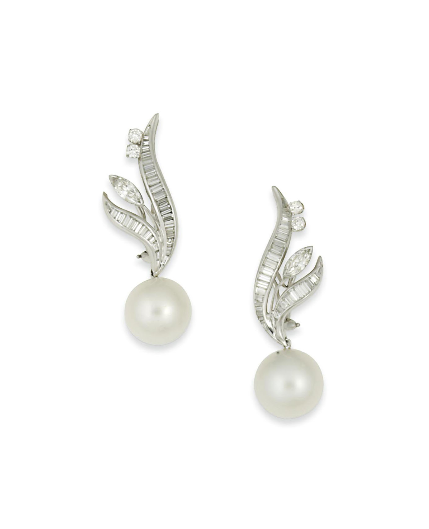 A pair of cultured pearl and d