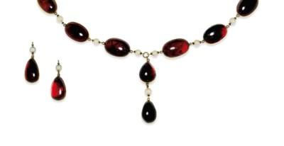 A garnet and cultured pearl ne
