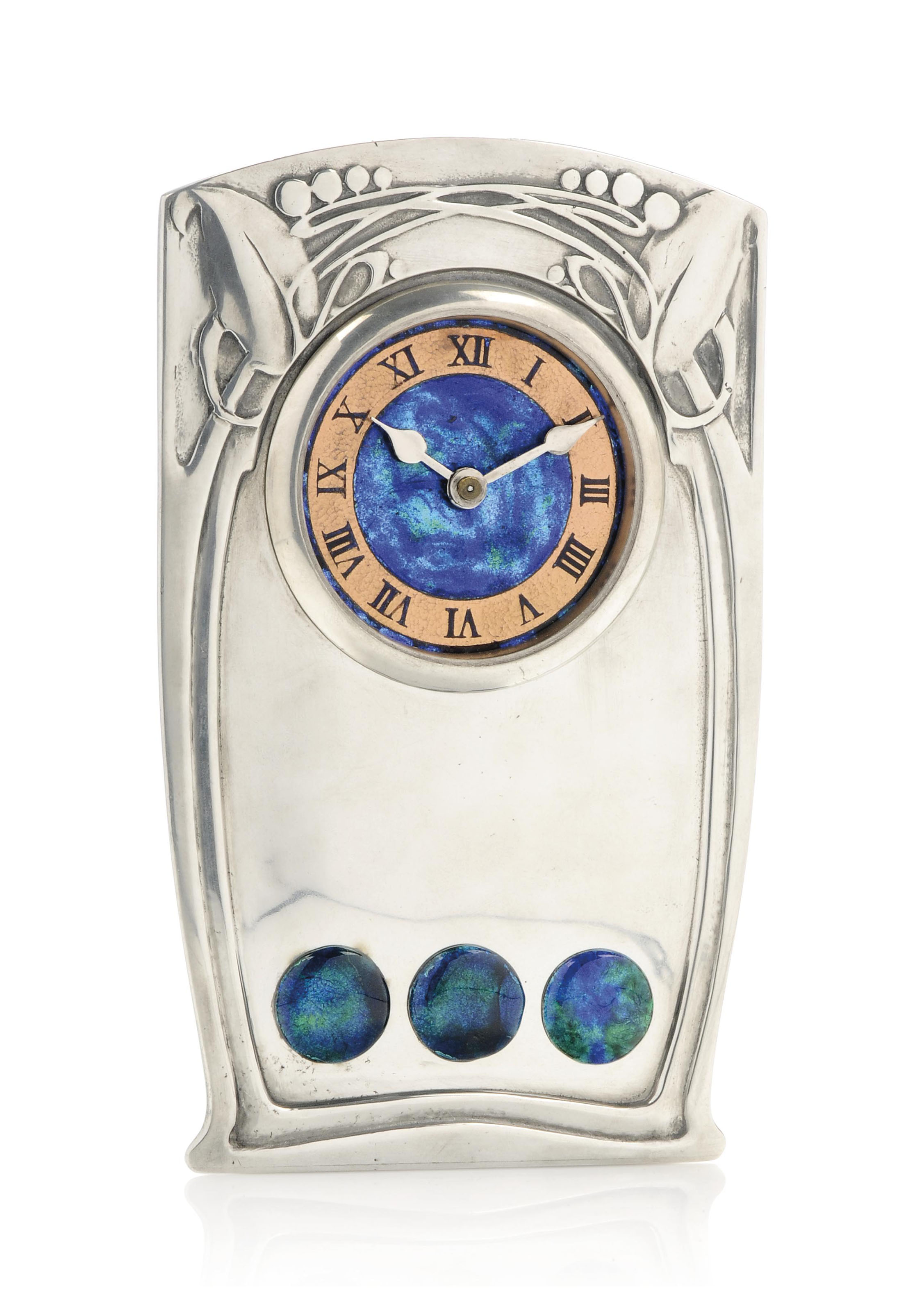 A LIBERTY & CO TUDRIC PEWTER AND ENAMEL CLOCK AFTER A DESIGN BY ARCHIBALD KNOX