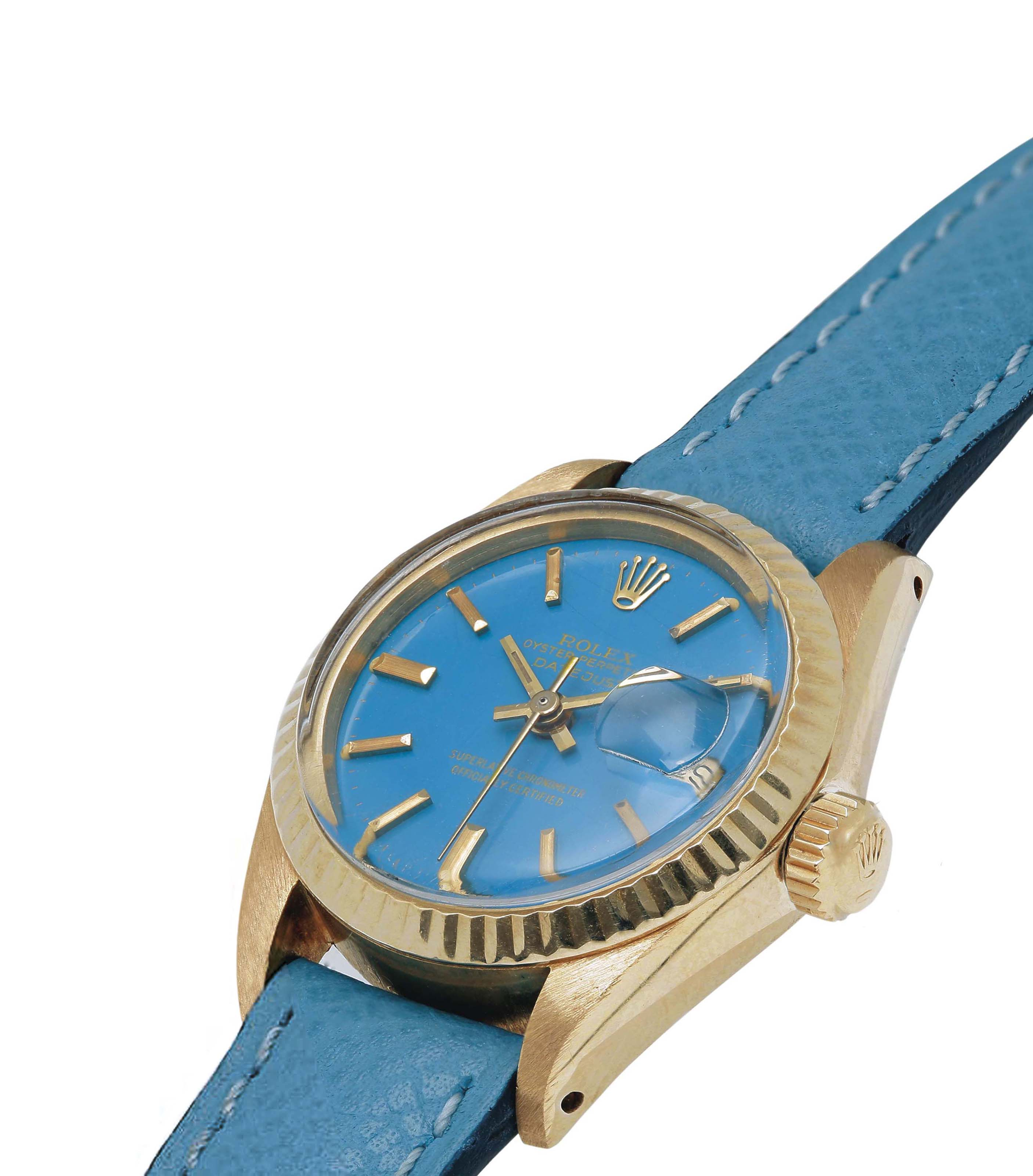 ROLEX. A LADY'S 18K GOLD AUTOMATIC WRISTWATCH WITH SWEEP CENTRE SECONDS, DATE AND TURQUOISE DIAL SIGNED ROLEX, OYSTER PERPETUAL DATEJUST LADY, REF.6917, CASE NO.5'299'268, CIRCA 1977