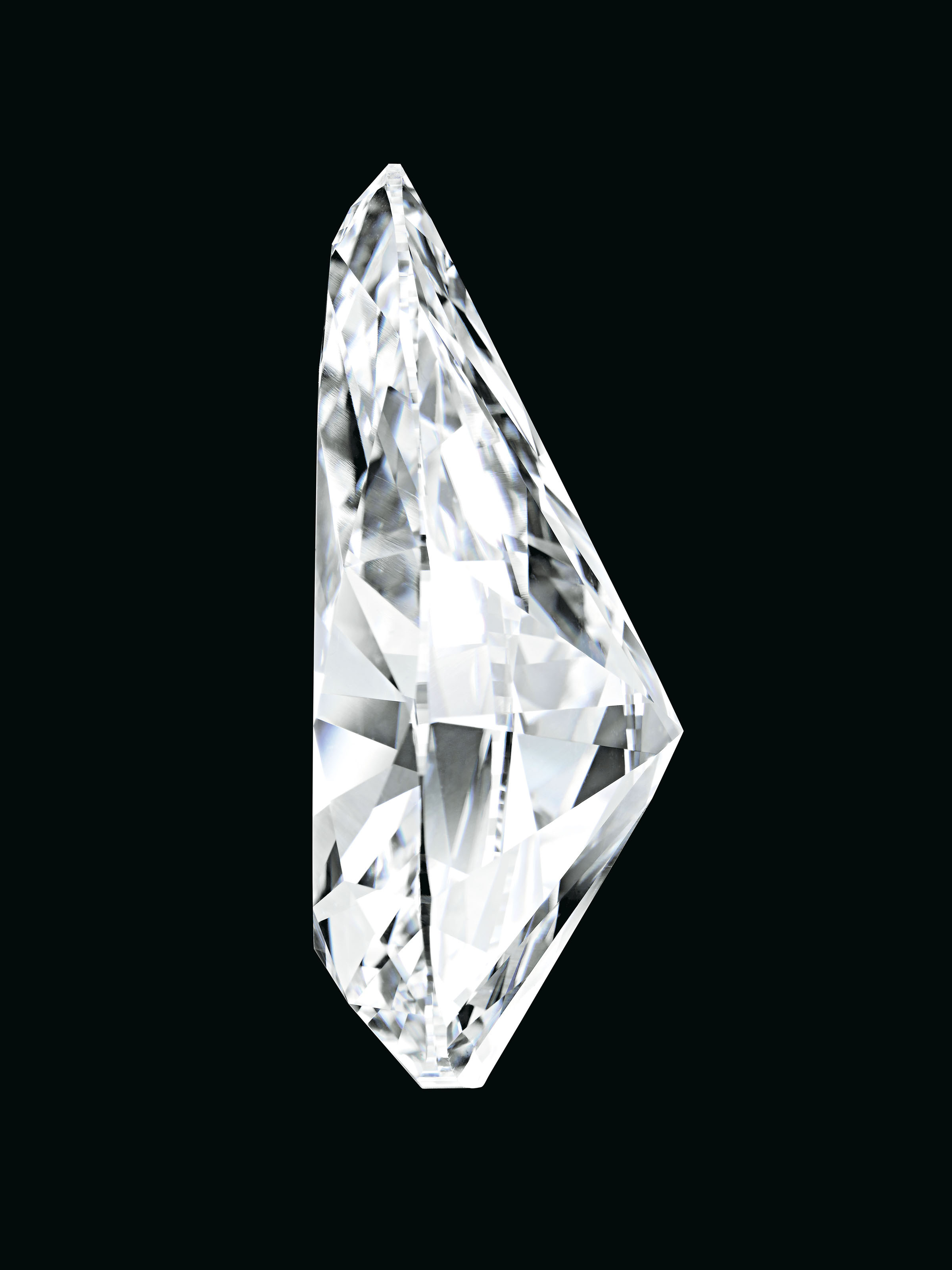 A SPECTACULAR AND HIGHLY IMPORTANT DIAMOND