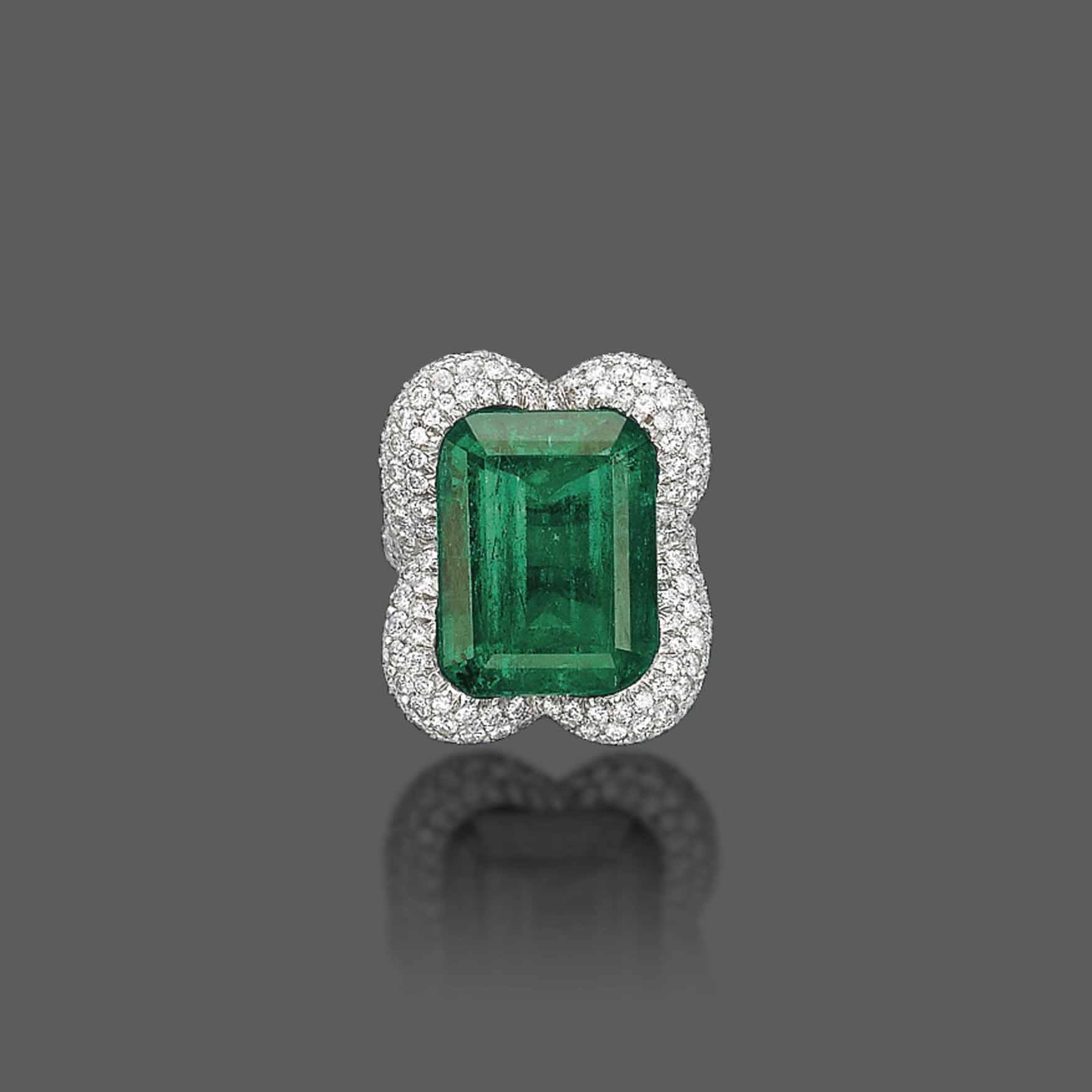 AN EMERALD AND DIAMOND RING, BY VERDURA