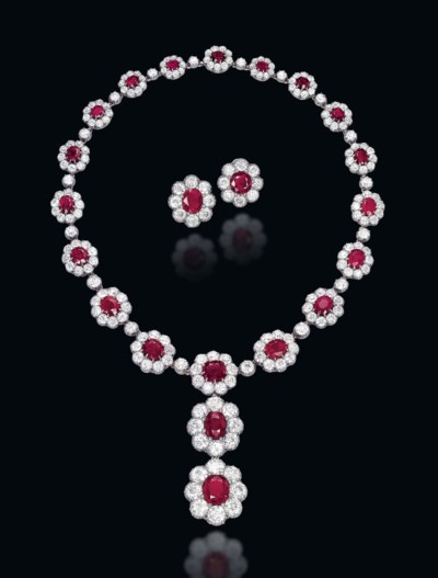 A SET OF ANTIQUE RUBY AND DIAM