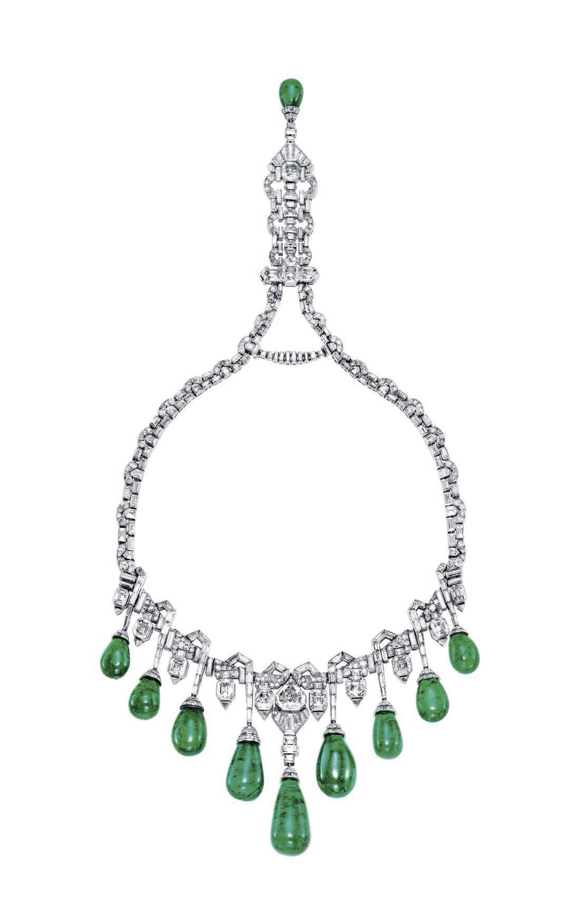 AN ART DECO EMERALD AND DIAMOND NECKLACE, BY VAN CLEEF & ARPELS