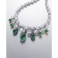 AN EXCEPTIONAL EMERALD AND DIAMOND NECKLACE