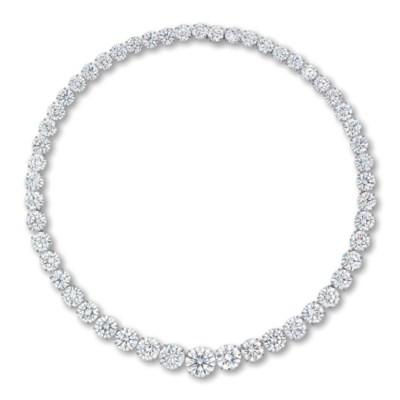 A SUPERB DIAMOND RIVIÈRE