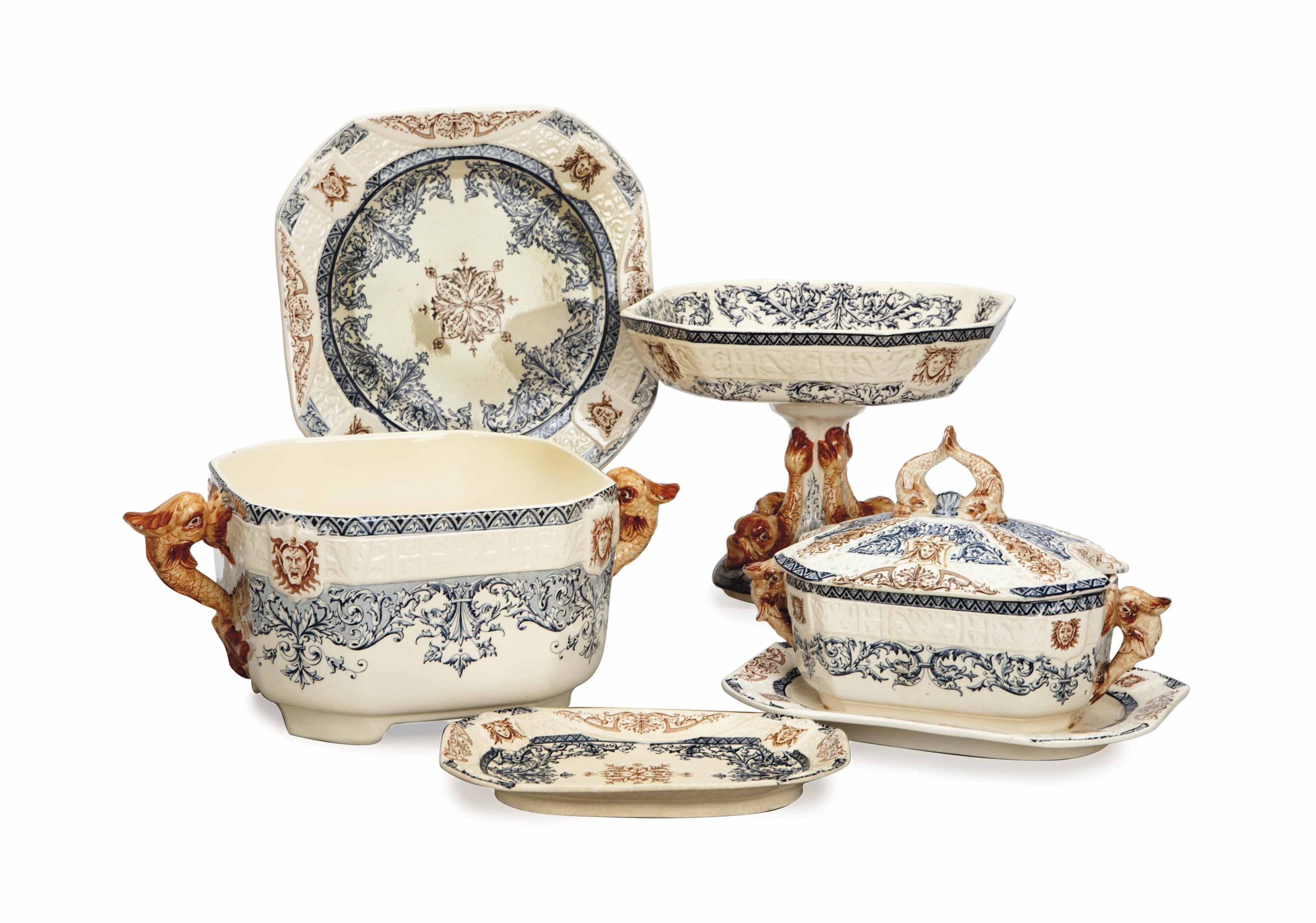 A FRENCH TRANSFER PRINTED PART DINNER SERVICE,