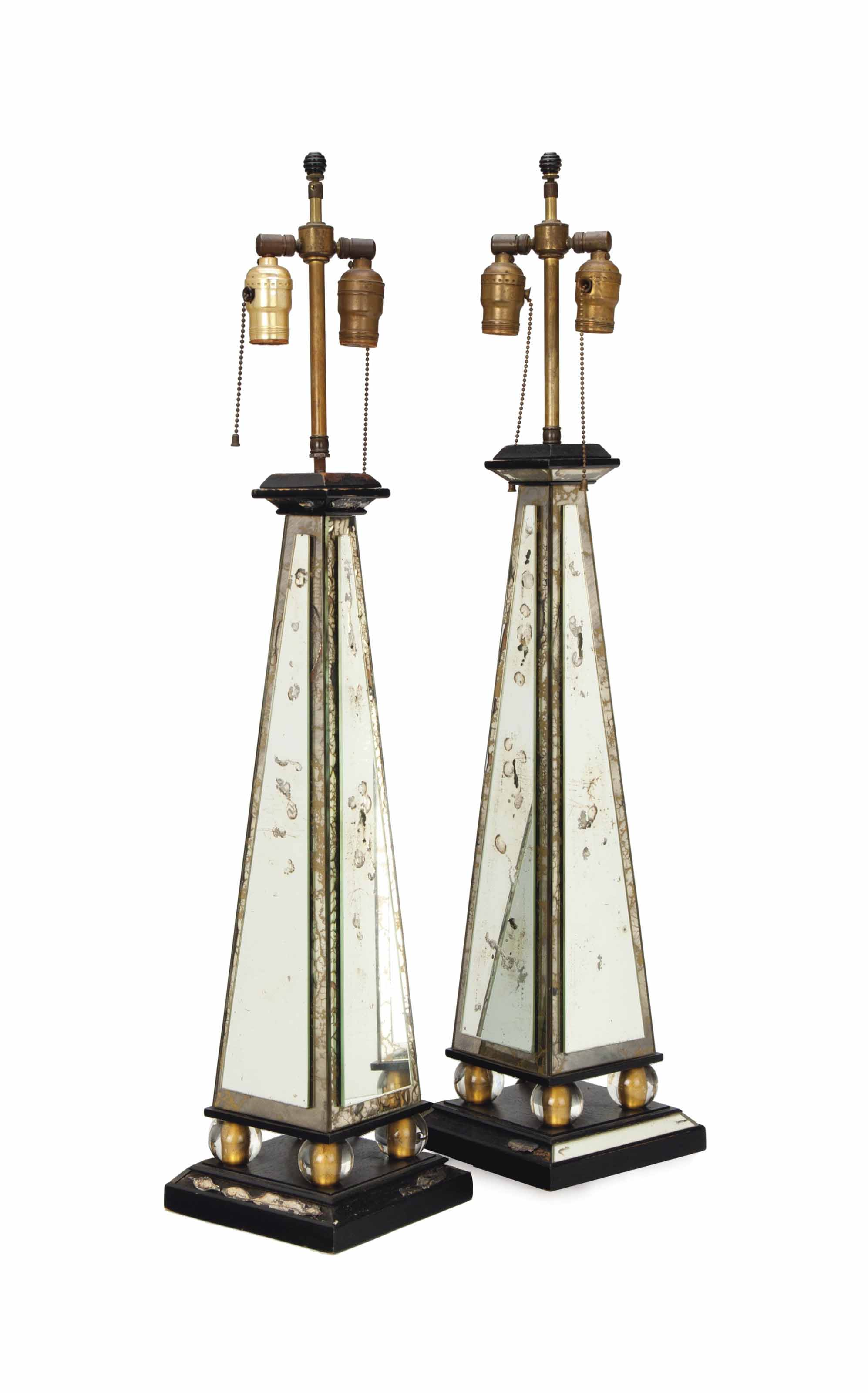 A PAIR OF MIRRORED-GLASS OBELISK-FORM TABLE LAMPS,