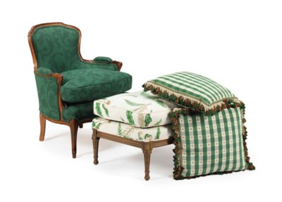 A FRENCH GILTWOOD BERGERE AND