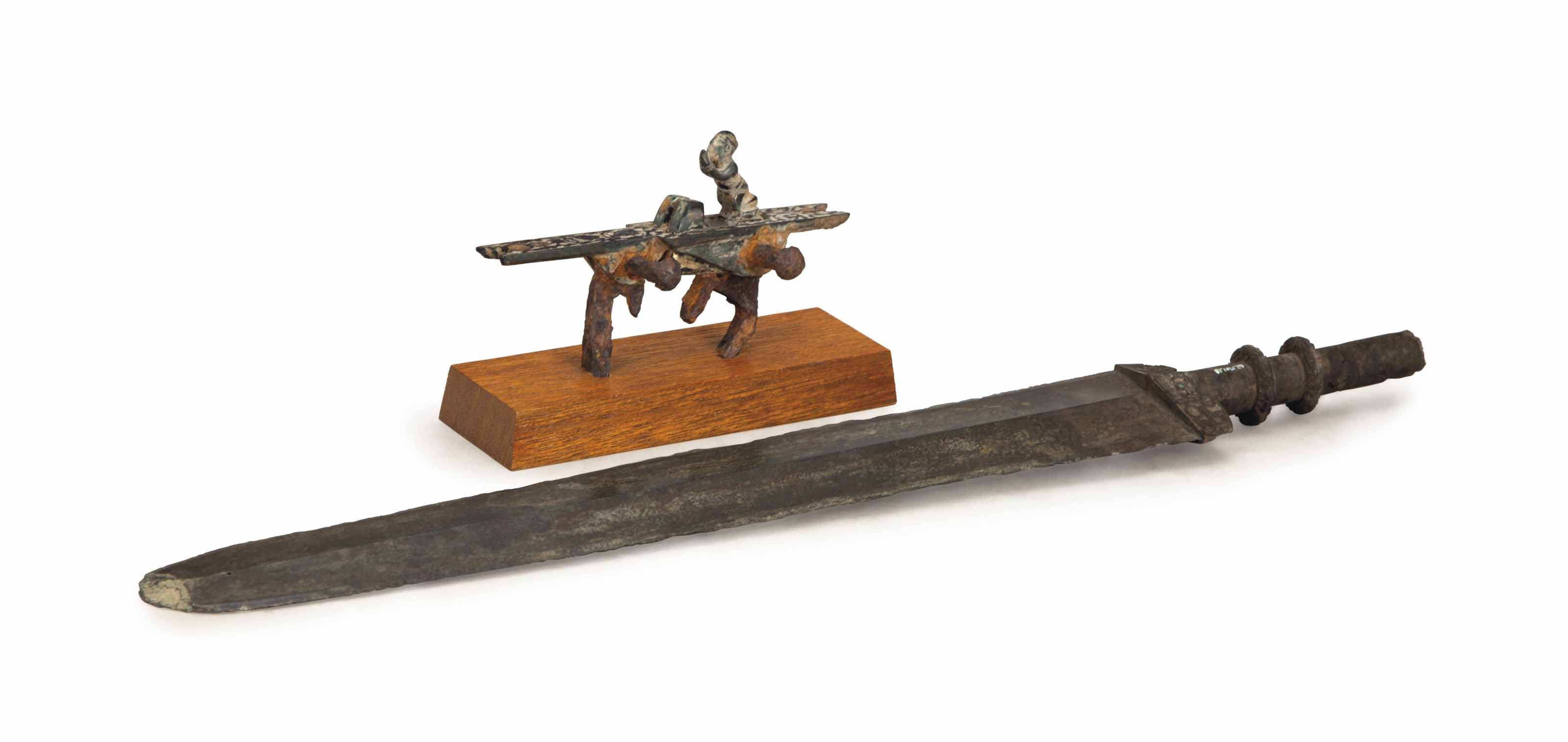 A CHINESE BRONZE SWORD,