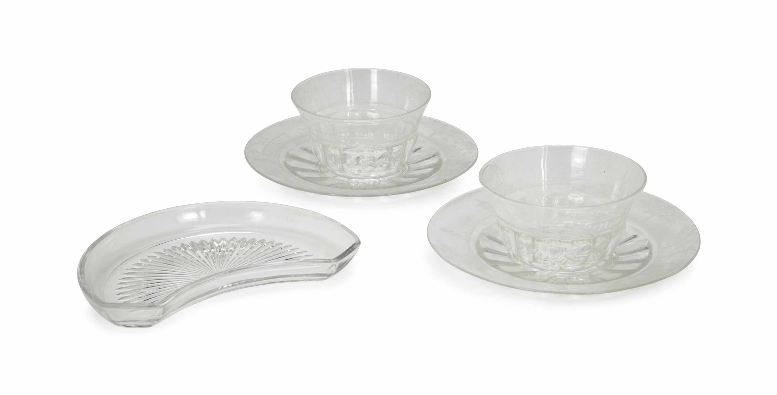 AN ASSEMBLED GROUP OF CONTINENTAL GLASS TABLEWARES,