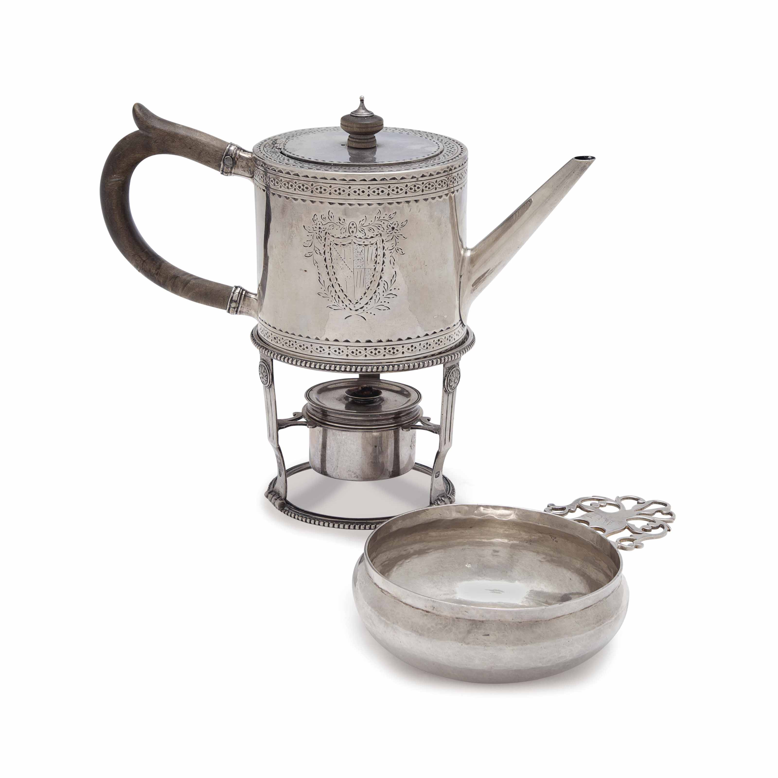 A QUEEN ANNE SILVER PORRINGER, AND A GEORGE III SILVER DRUM-FORM TEAPOT,