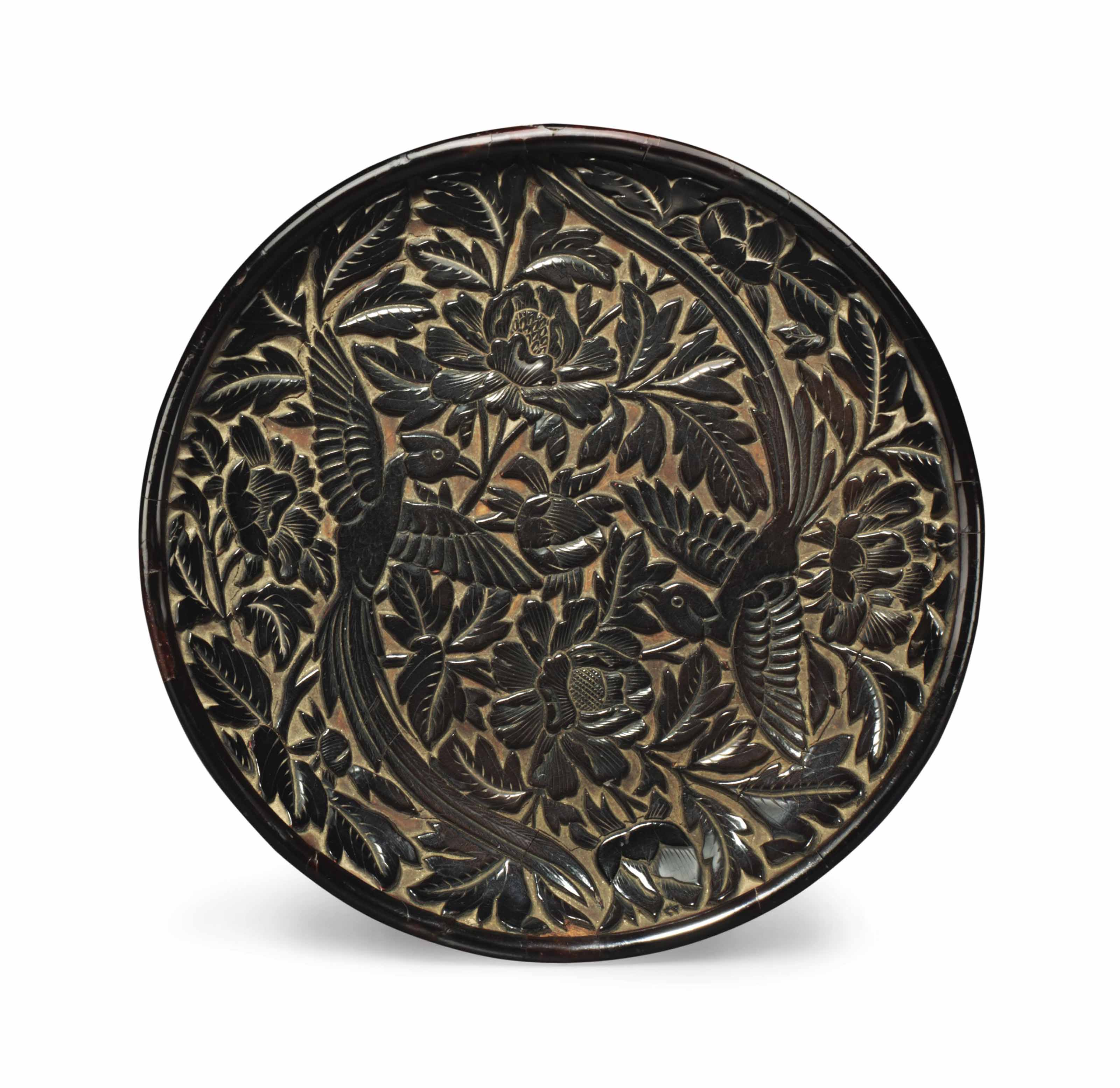 A SMALL CARVED BLACK LACQUER C