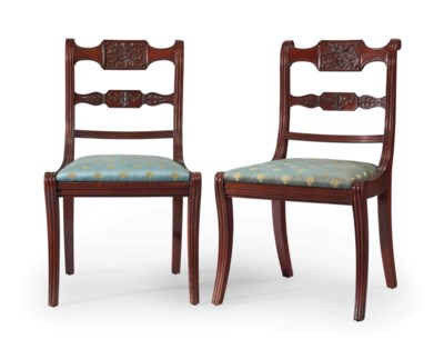A PAIR OF CLASSICAL MAHOGANY S