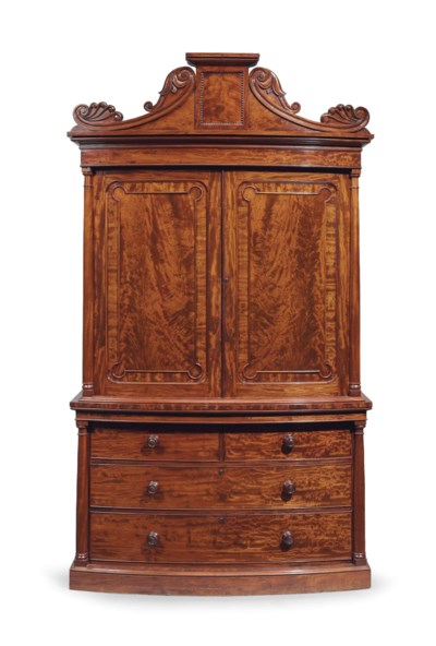 A CLASSICAL FIGURED MAHOGANY L