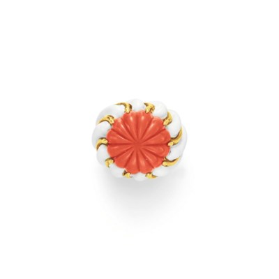 ~A CORAL, ENAMEL AND GOLD RING