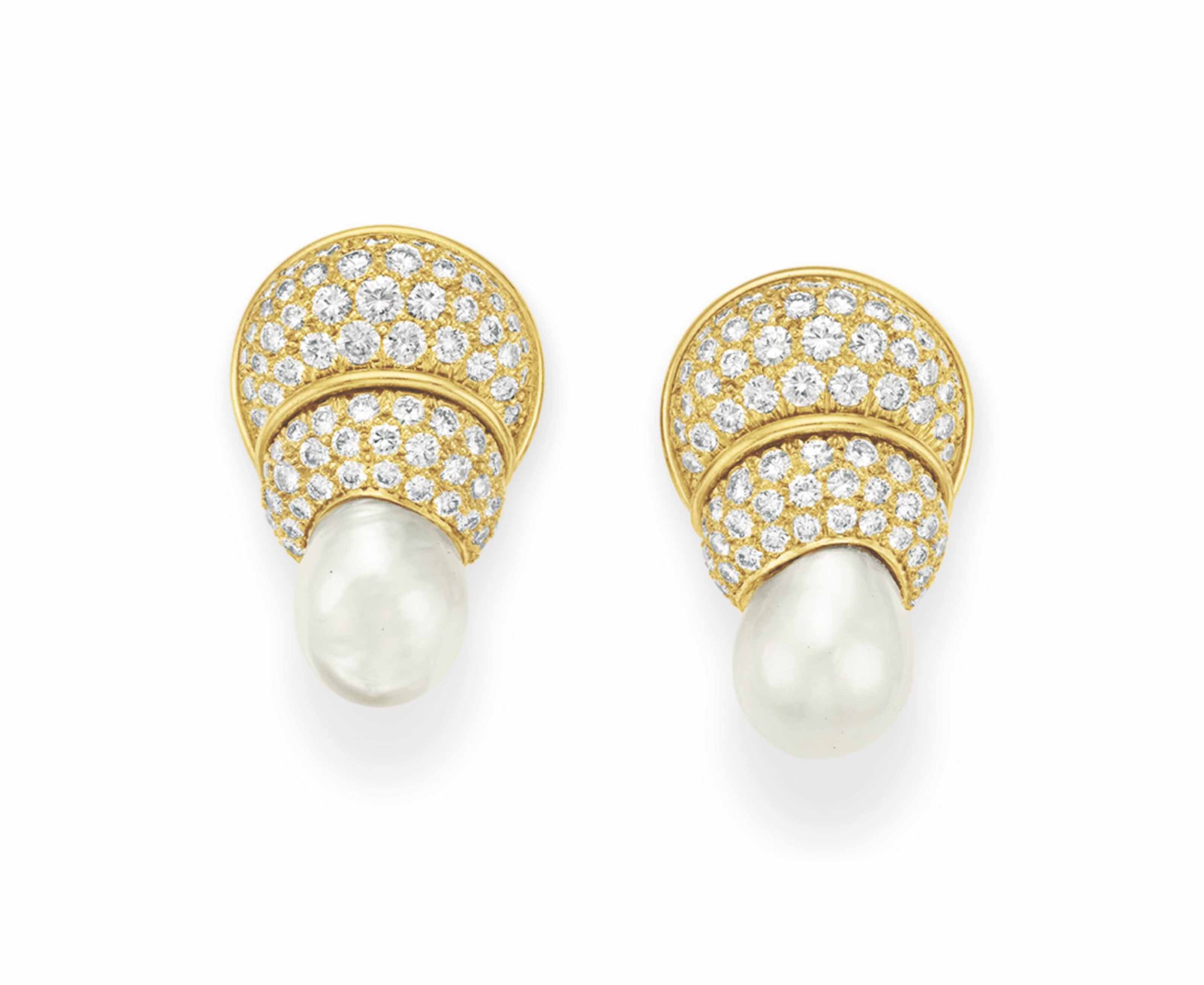A PAIR OF CULTURED PEARL, DIAMOND AND GOLD EAR CLIPS, BY TAMBETTI