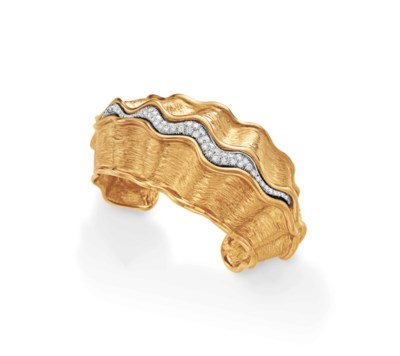 A DIAMOND CUFF BRACELET, BY CH