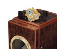 Vianney Halter. A Fine and Unusual 18k Gold Asymmetrical Automatic Perpetual Calendar Wristwatch