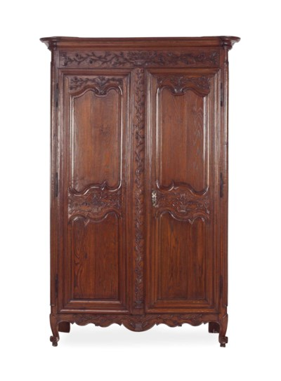 A FRENCH PROVINCIAL STAINED OA