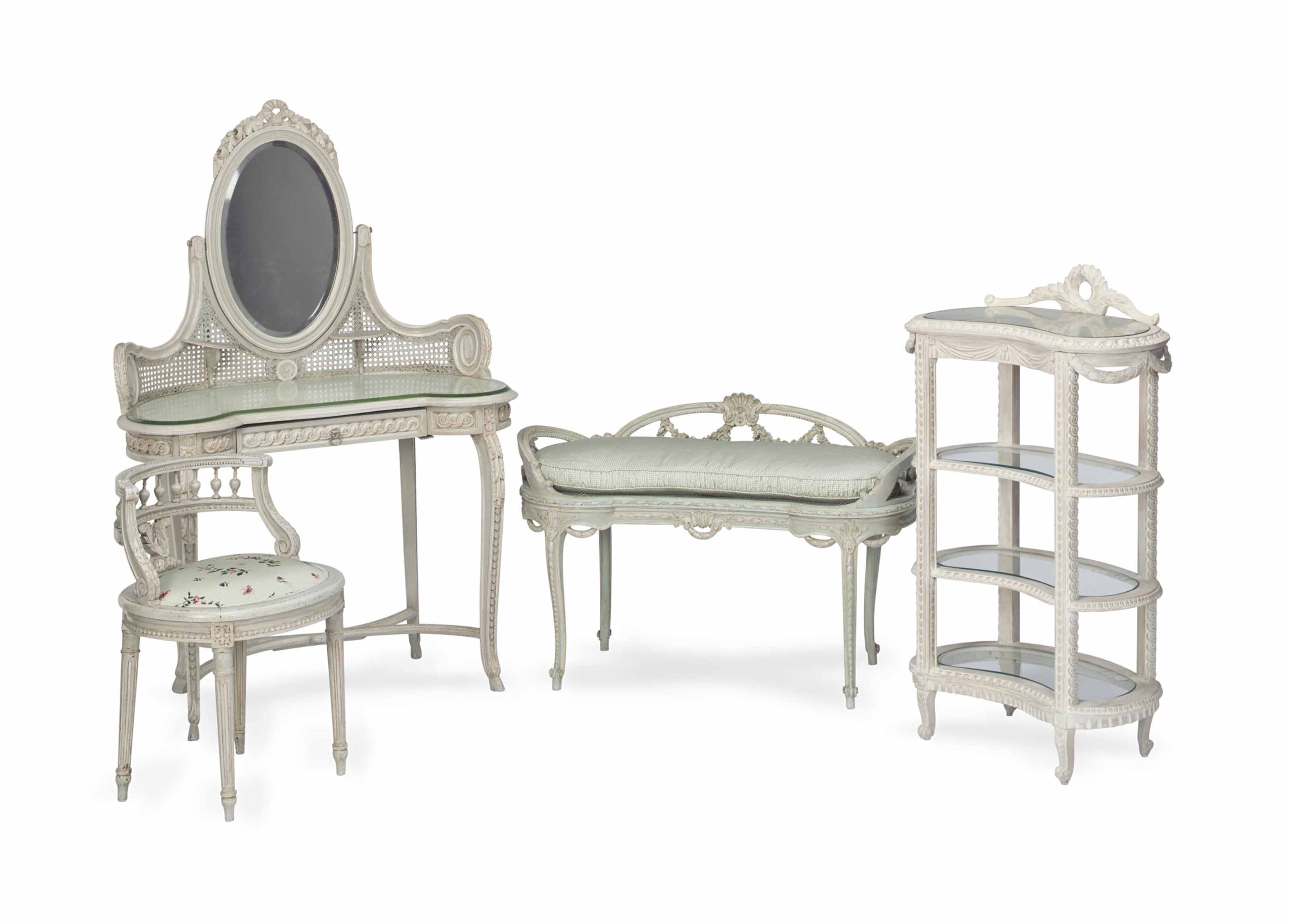 AN ASSEMBLED SUITE OF LOUIS XV