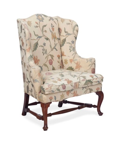 A QUEEN ANNE MAHOGANY EASY CHA