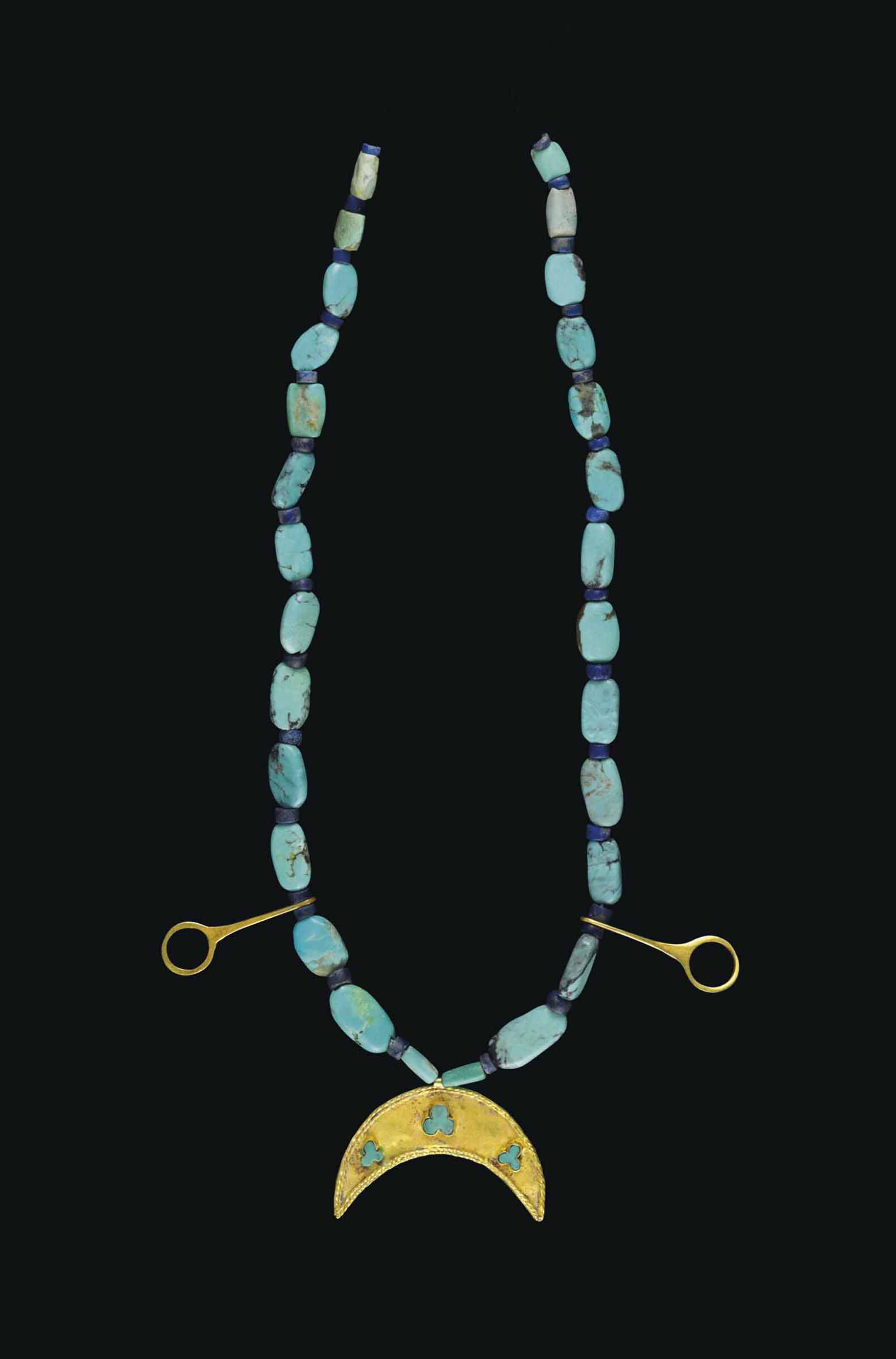 A WESTERN ASIATIC GOLD, TURQUOISE AND LAPIS LAZULI BEAD NECKLACE