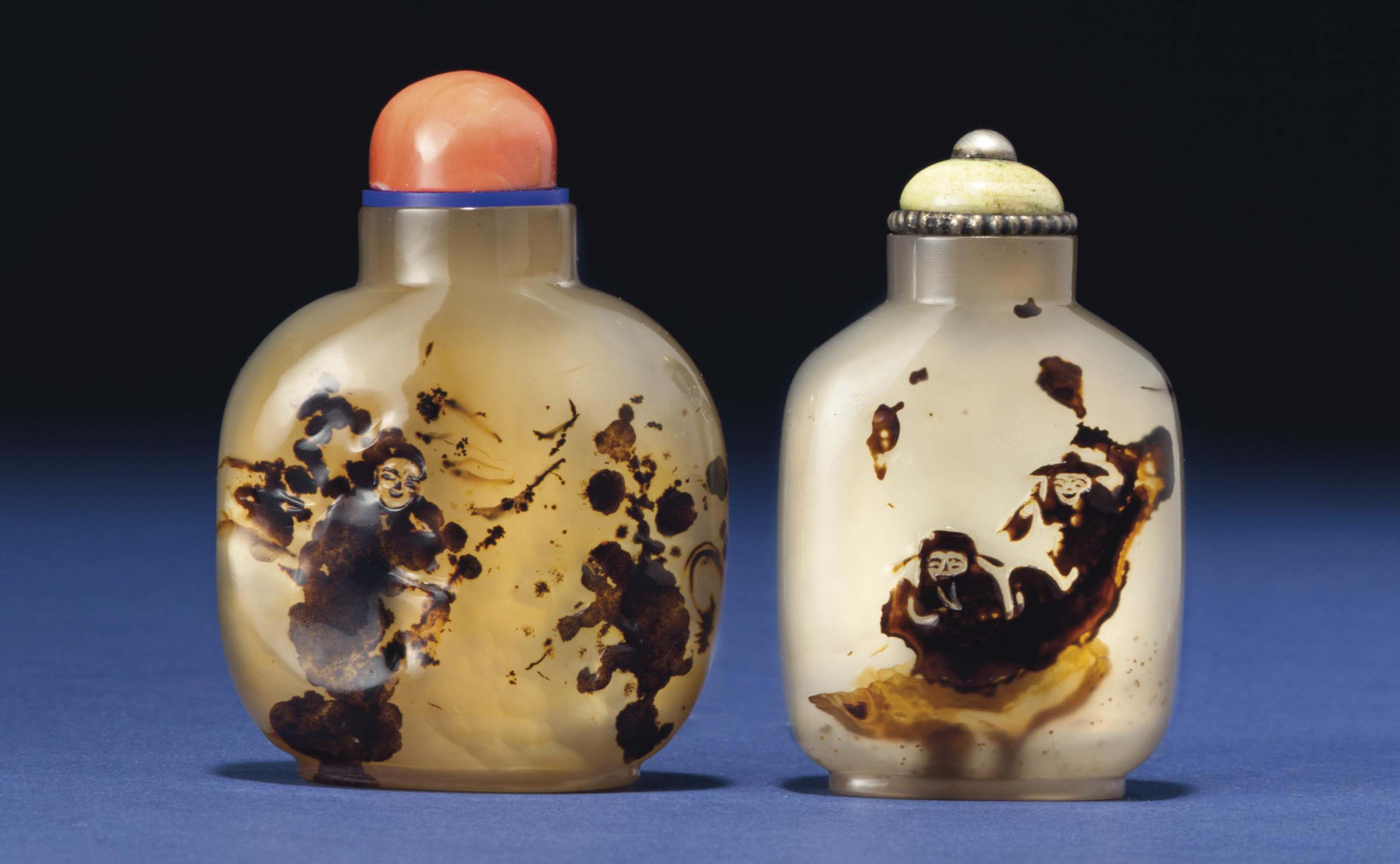 TWO CAMEO AGATE SNUFF BOTTLES