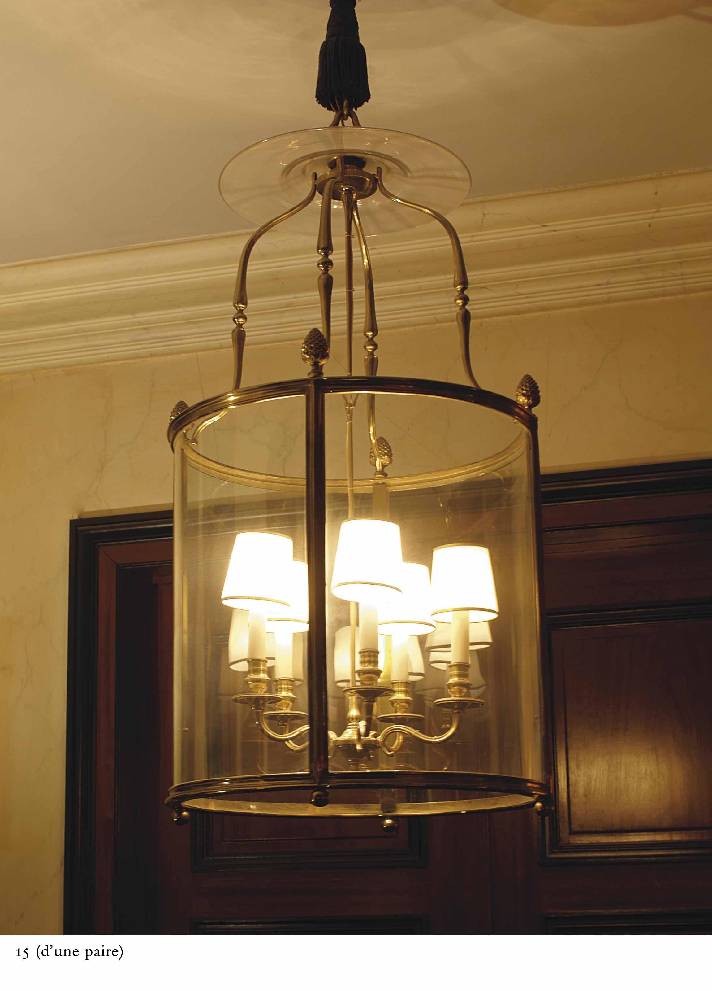 paire de lanternes de style louis xvi xxeme siecle. Black Bedroom Furniture Sets. Home Design Ideas