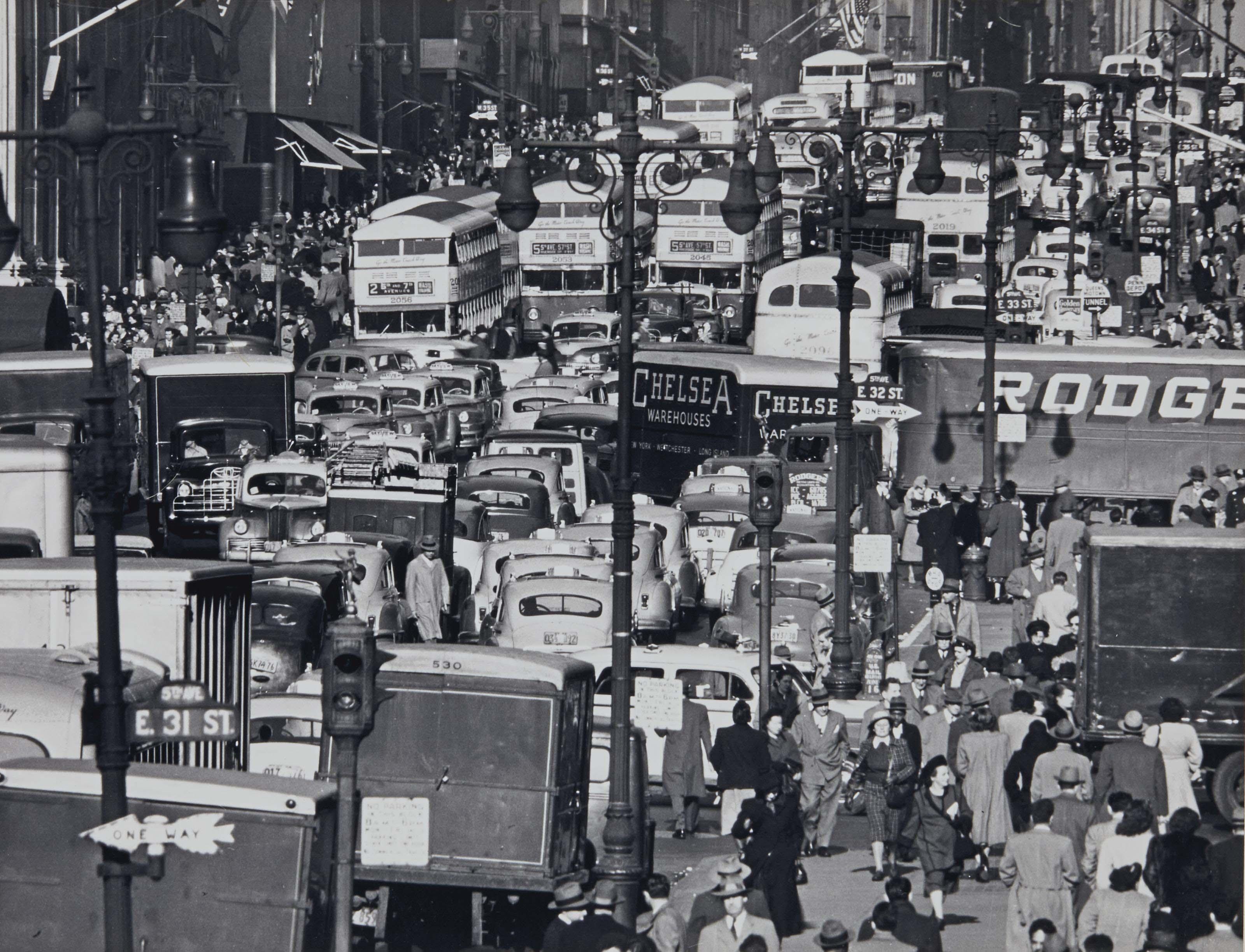 Traffic on Fifth Avenue, New York, 1950
