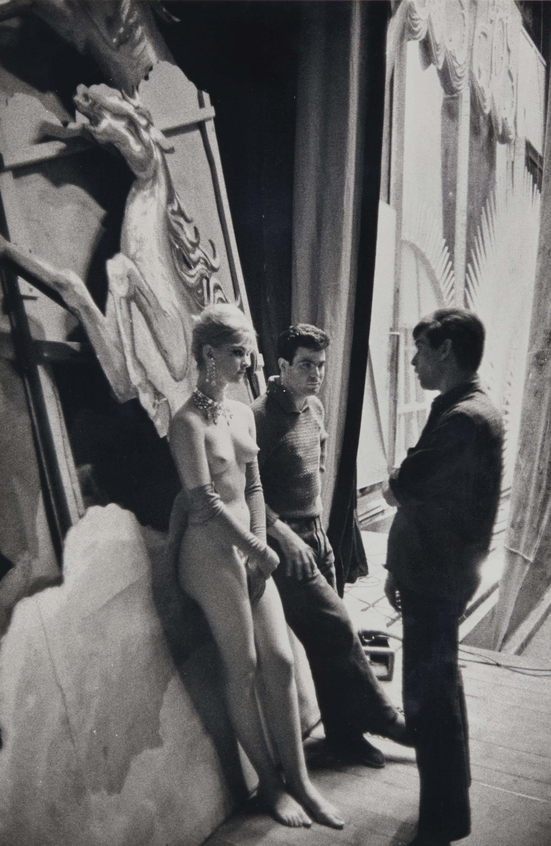 Les coulisses des Folies Bergères, Paris, 1980