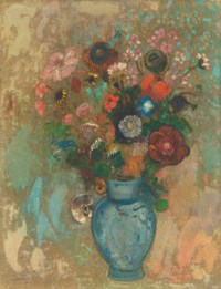 Fleurs dans un vase bleu