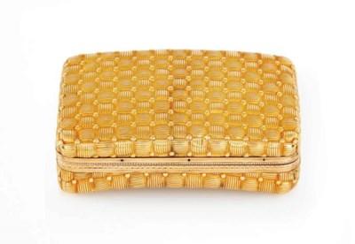 A  REGENCY GOLD SNUFF-BOX