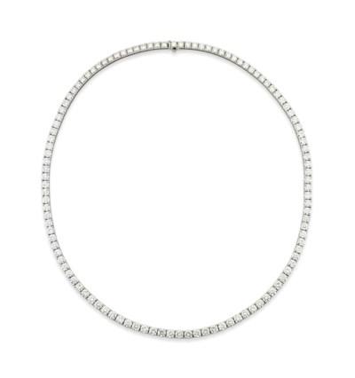 A DIAMOND NECKLACE,  BY BOUCHE