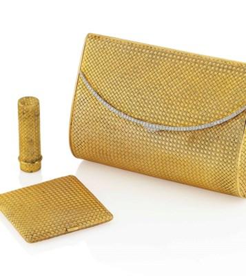 A DIAMOND-SET EVENING BAG, COM