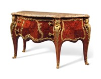 A FRENCH ORMOLU-MOUNTED KINGWOOD, BOIS SATINÉ, EBONY AND MARQUETRY COMMODE