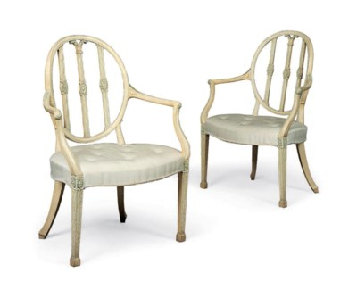 A PAIR OF GEORGE III BLUE AND