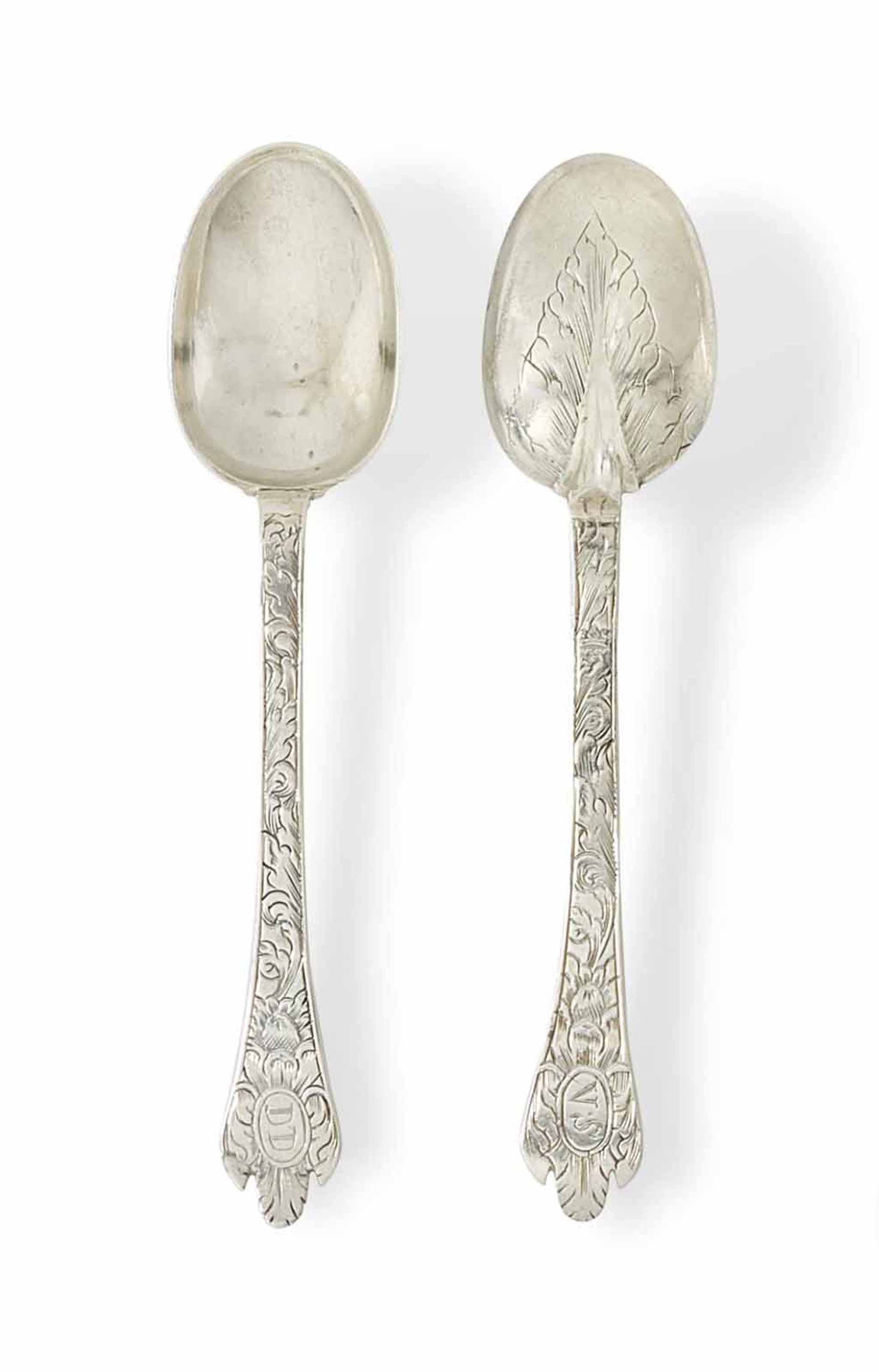 A PAIR OF JAMES II SILVER SPOO