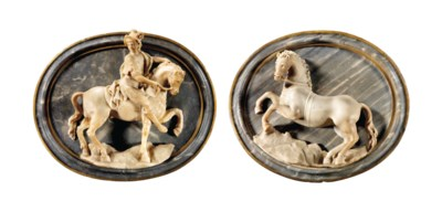 A PAIR OF AJOURIE MARBLE RELIE
