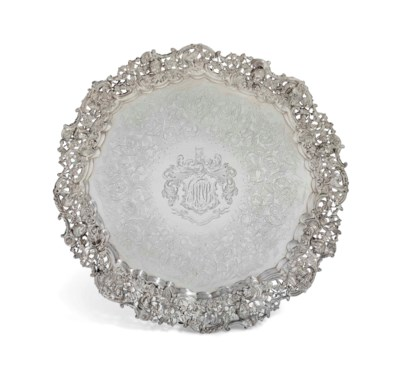A WILLIAM IV LARGE SILVER SALV