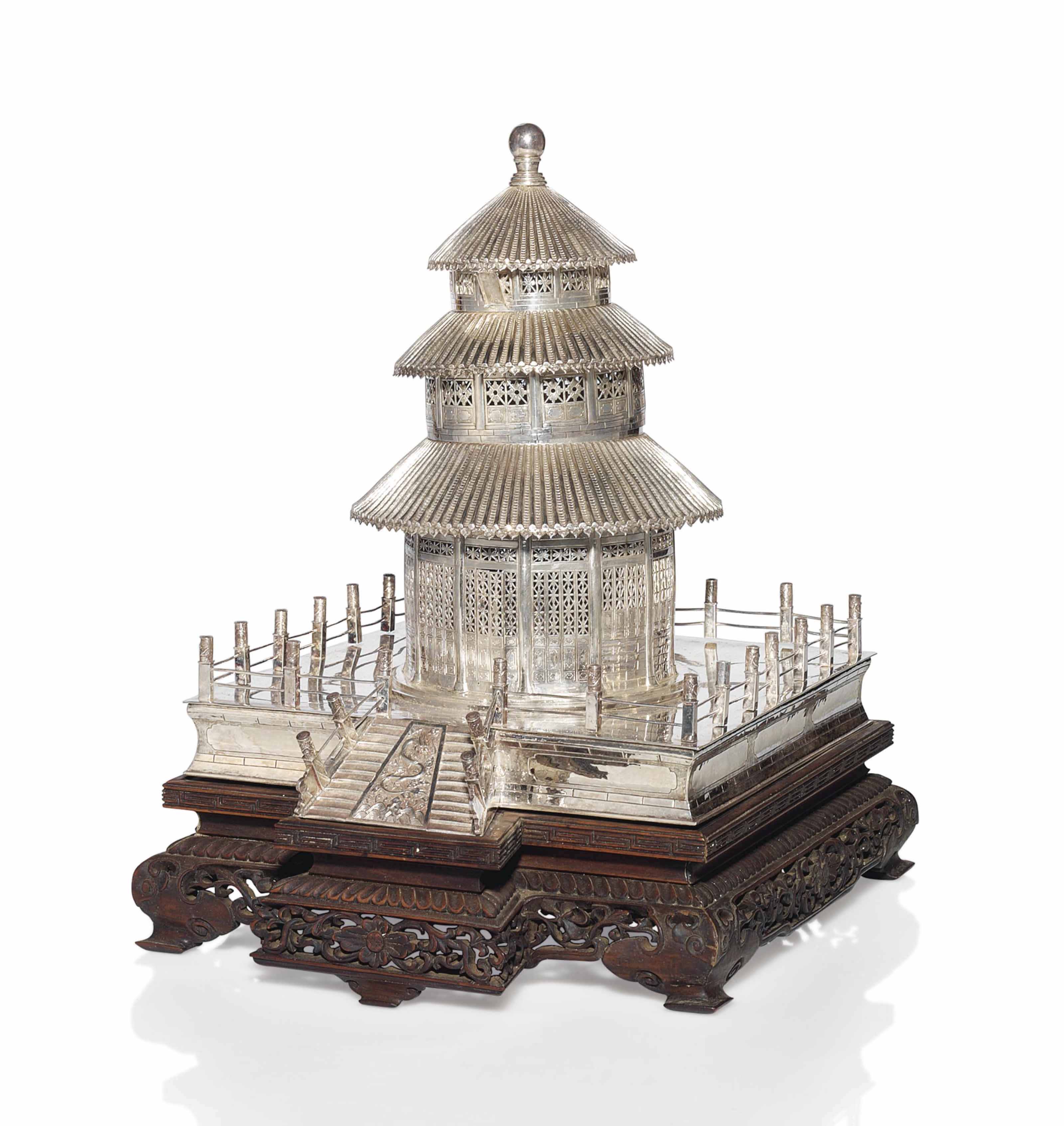 AN UNUSUAL SILVER MODEL OF THE