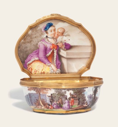 A MEISSEN GOLD-MOUNTED SNUFF-B