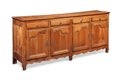 A LARGE FRENCH PROVINCIAL CHER